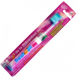 Brosse à dent dentifrice intégré fresh and go