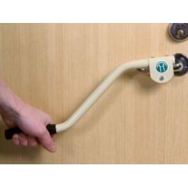 Prolongateur de poignée de porte ou de fenêtre, pour personnes en fauteuil roulant ou âgées